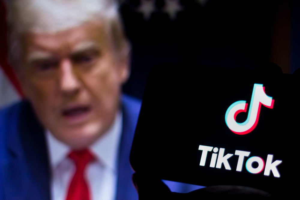 Trump Administration Bans New WeChat and TikTok Downloads From US App Stores